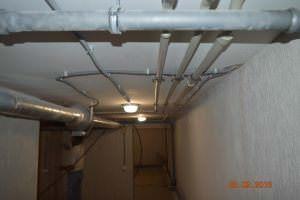 Канализация под потолком