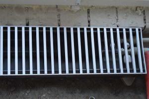 Встроенный в пол радиатор Бриз