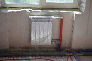 Радиатор на первом этаже